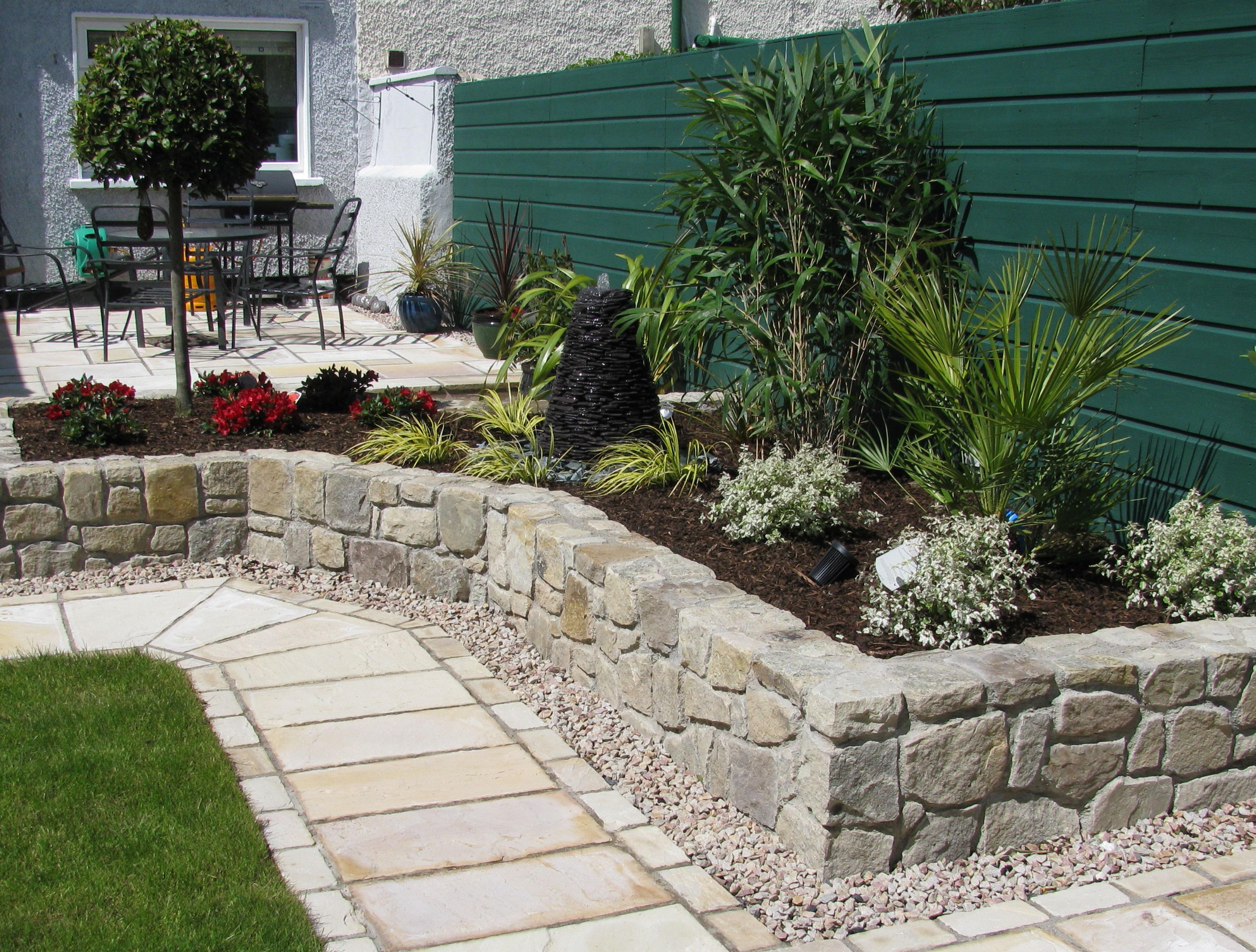 Posillipo giardinaggio servizi for Progettazione aiuole